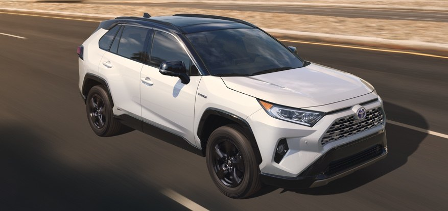 toyota-register-for-updates-2019-rav4-xsehybrid-l