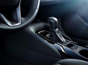 toyota-2019-corolla-hatchback-9-l